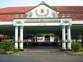 Rebecca Tour and Travel - Yogyakarta City Tour